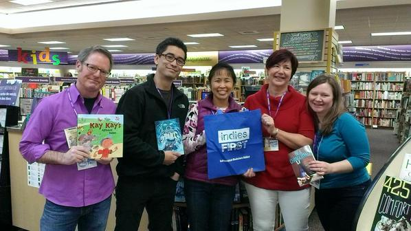 Dana Sullivan, Kazu Kibuishi, Christina Dudley, Claire Gebben, and Laurie Ann Thompson at University Book Store