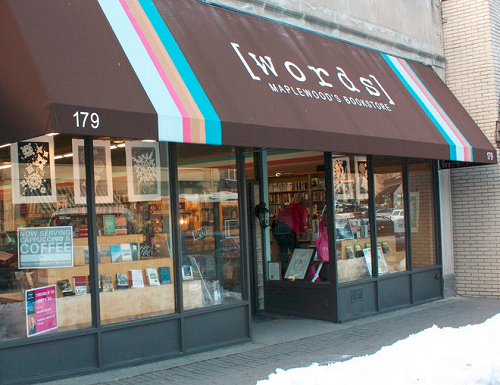 [words] Bookstore in Maplewood, New Jersey, had its logo professionally designed