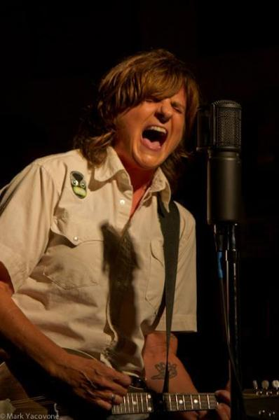 Amy Ray of the Indigo Girls has appeared on the show as a musical guest.