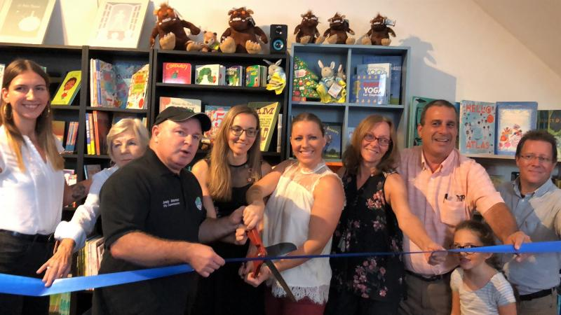 The Book Cellar Lake Worth celebrated its grand opening on October 6.