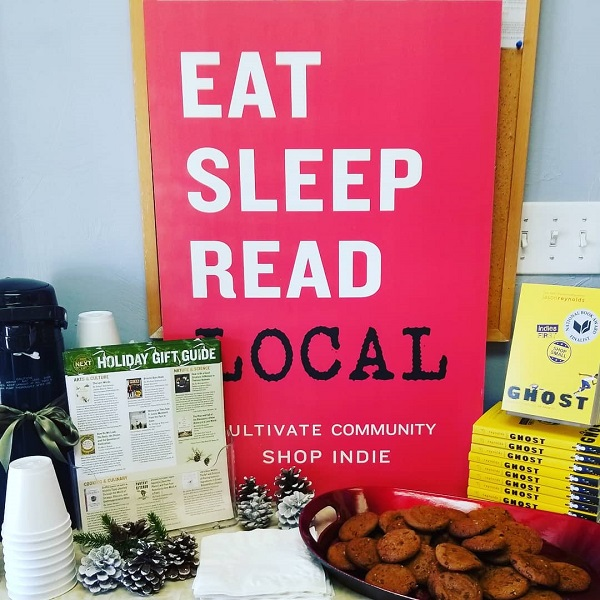 Hot chocolate, cookies, and copies of Ghost at Cavalier House Books.