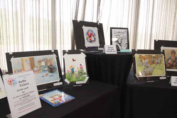 A number of pieces of original artwork were raffled off during Ci7.