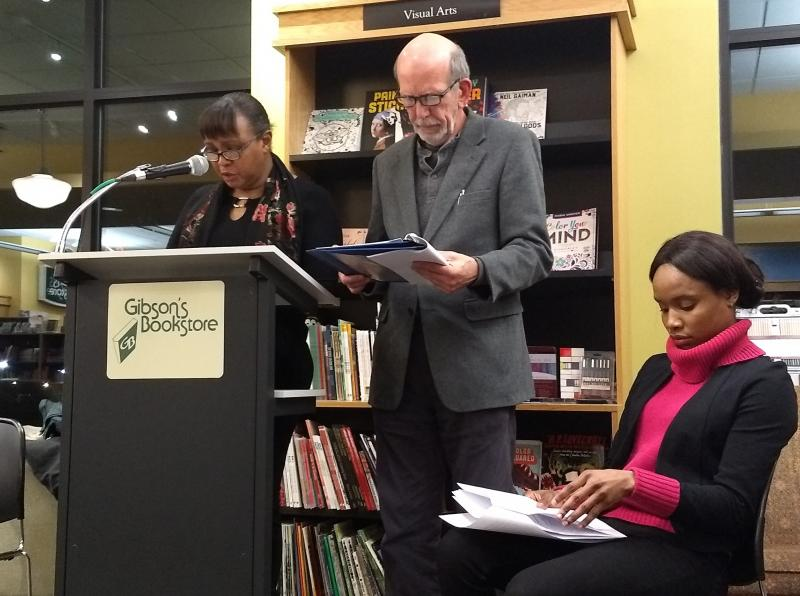 Author Masheri Chappelle, left, actor Paul Bellefeuille, center, and actor Kimberly Campbell give a dramatic reading at Gibson's Bookstore.