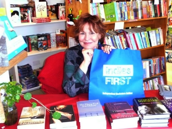 Jacquelyn Mitchard at Brewster Book Store in Brewster, Massachusetts.