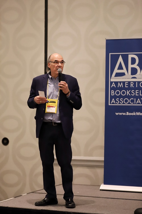 ABA CEO Oren Teicher welcomes Wi14 attendees during Tuesday's opening reception.