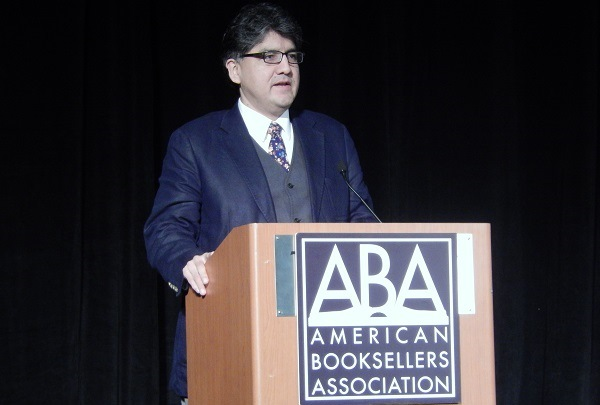 Author Sherman Alexie speaks at Wednesday's Opening Plenary Breakfast featuring Dan Heath.
