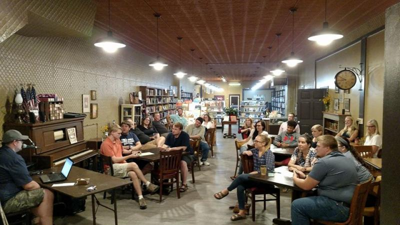 Trivia night at Stirling Books & Brew