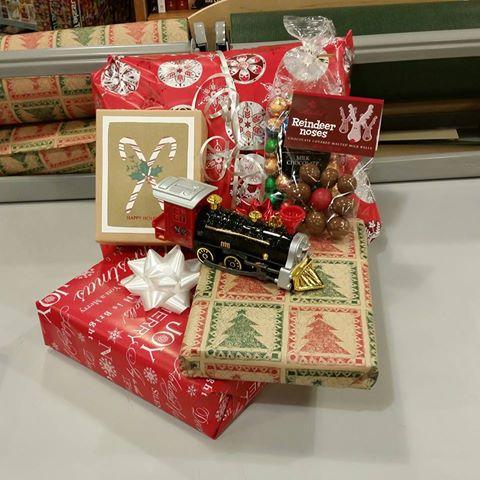 Holiday gift arrangementat Fitger's